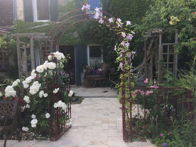 Les Etangs d'Arts : Cosy B&B