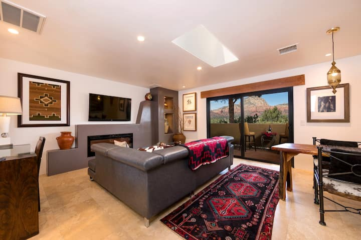 Magnificent Red Rock Views, Pvt. 1 BR Suite #16