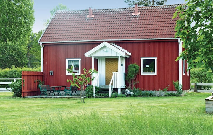 Awesome home in Vaggeryd with Sauna and 2 Bedrooms
