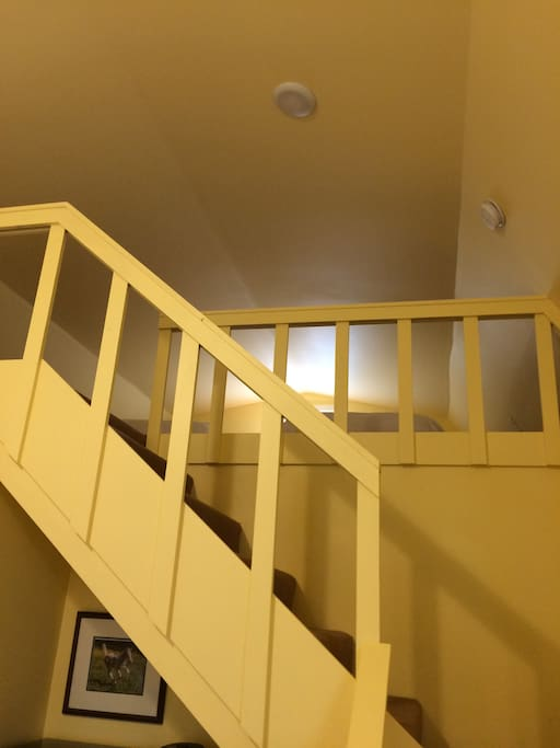 Chardonnay Cottage Staircase to Loft