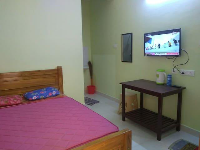 Bedroom - View1