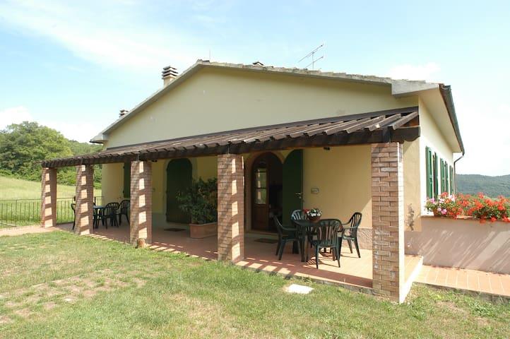 La Burraia-Appartamento Limoni - Gambassi Terme -Fi-