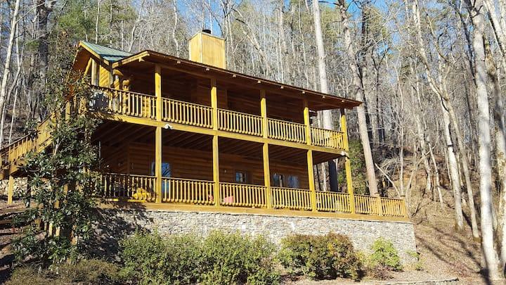 Waterside Cabin on river. Wineries, weddings, more
