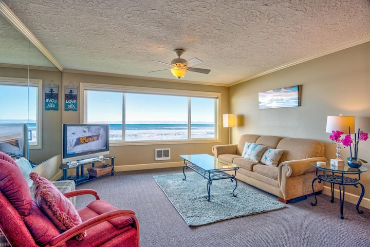 Bring the whole family because this condo can sleep six and bonus amenities