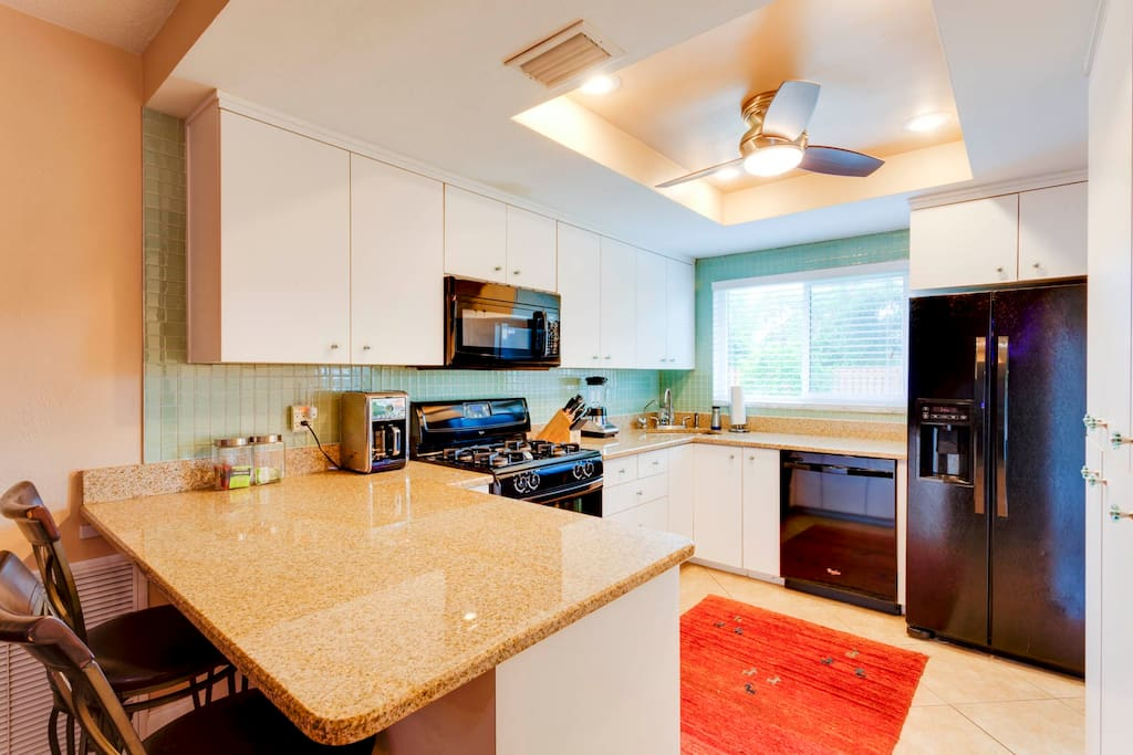 All new appliances and Granite Countertops, Custom Cabinets in the Kitchen