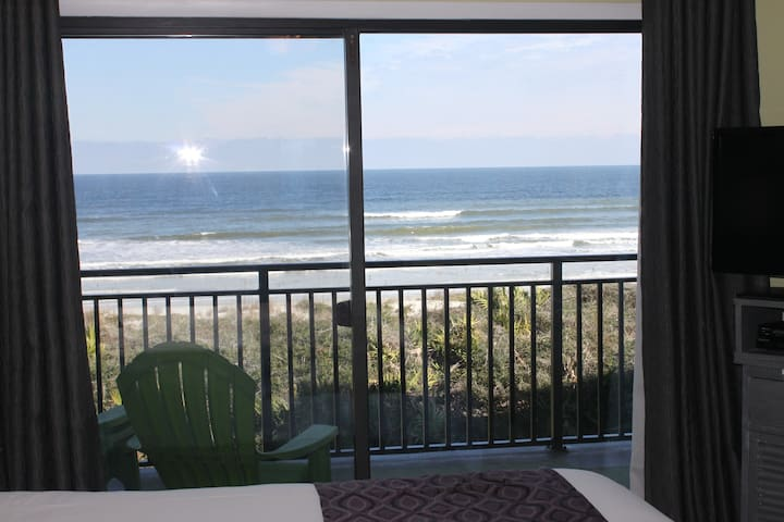 Windjammer 207, Oceanview and river view