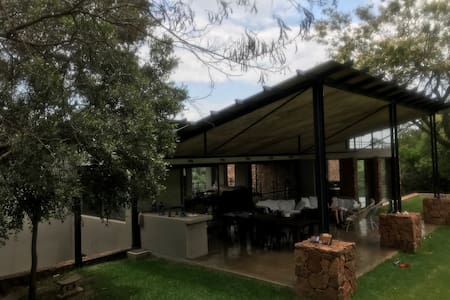 Magalies Mountain Retreat