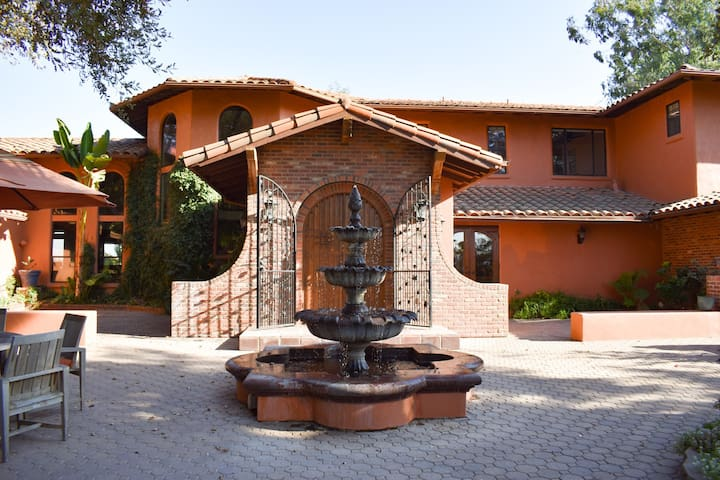 Escape with your family, wine country retreat