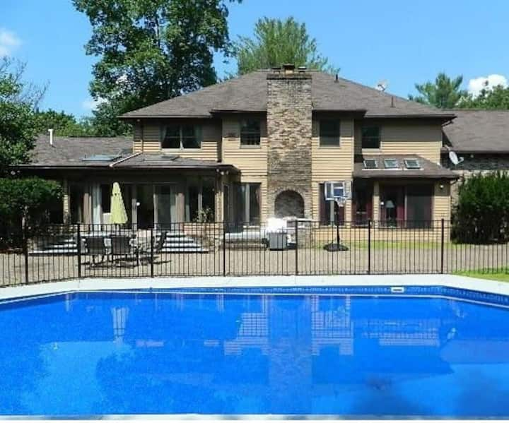 Center Hall Colonial Villa in the Heart of Poconos