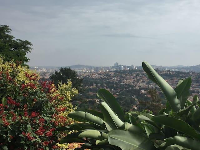 Villa w/ fantastic view of Kampala - Kampala - Willa