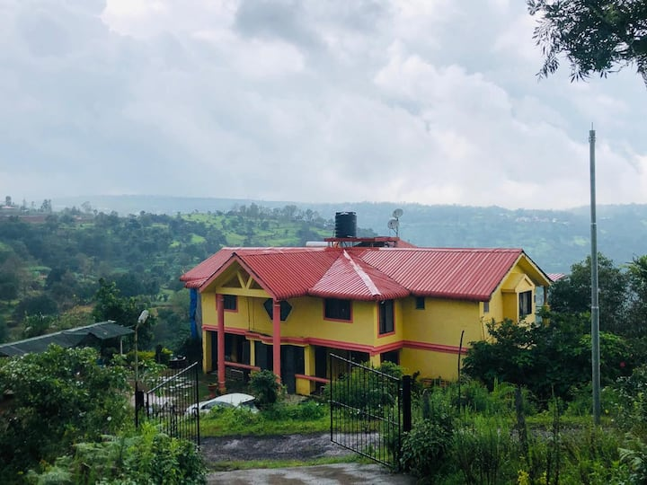 Valley Facing Bungalow in Mahabaleshwar