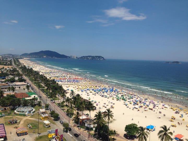 Apartamento na Praia da Enseada, Guarujá