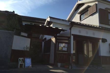 Japanese old houses - Handa-shi - Дом
