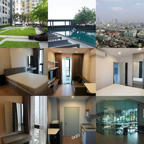 5-10 minutes walk to Skytrain and Shopping mall.