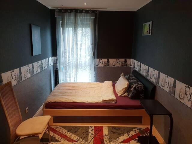 Modernes Zimmer in Hannover