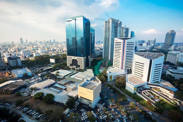 Fantastic Resort-like Condo in Bangkok中文服务