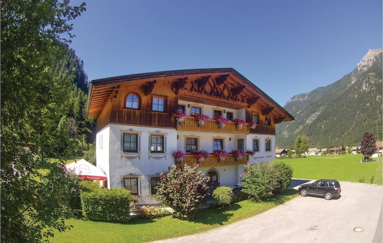Holiday apartment with 1 bedroom on 41m² in Bichlbach