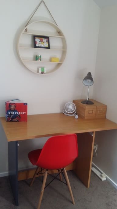 Top room has a desk is available to use as well as a wardrobe and drawers
