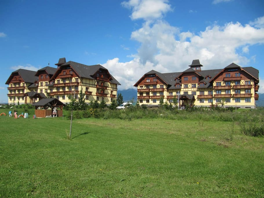 Main buildings of resort Apartmány Lomnica