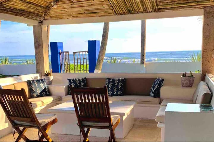 Beautiful Beachfront Villa  Metalio Beach