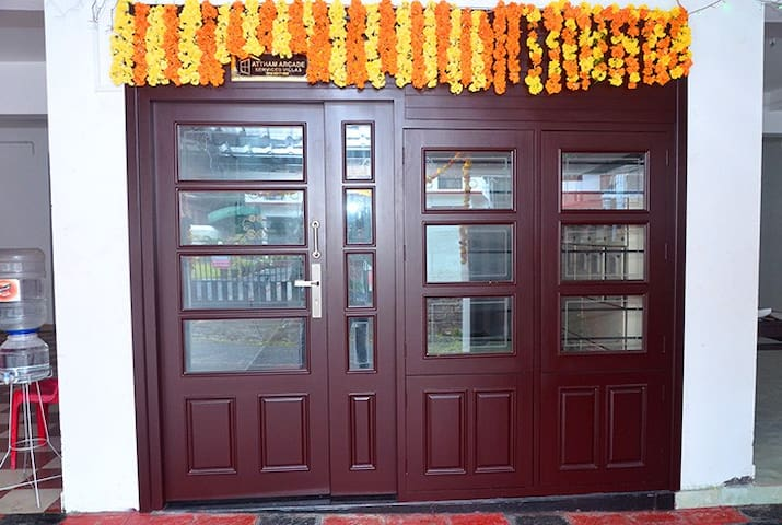 Rose: Attham Arcade - Thrissur - Apartment