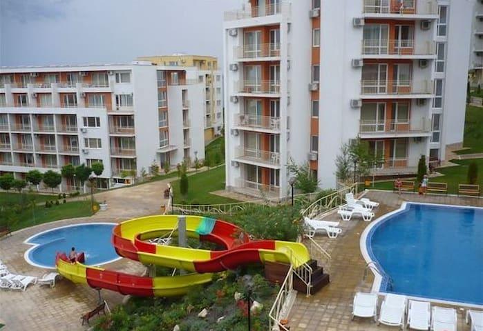 Идеальное место для отдыха с детьми - Sveti Vlas - Appartamento