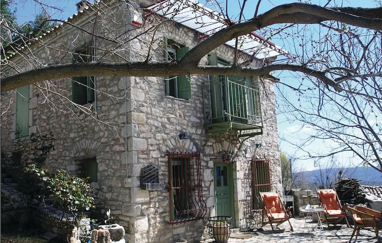 Holiday cottage with 2 bedrooms on 107m² in Peloponnese