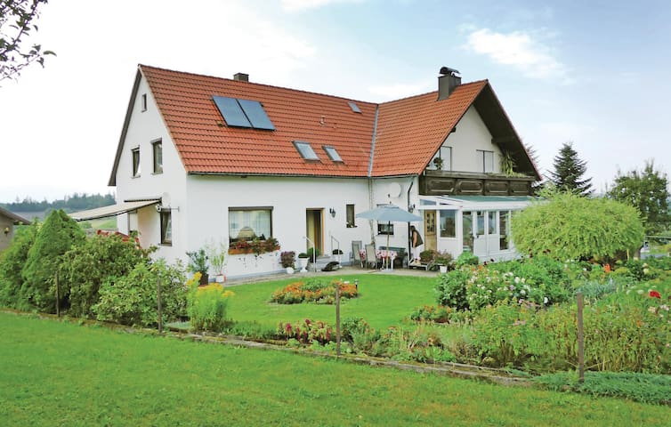 Holiday apartment with 1 bedroom on 60 m² in Thierstein