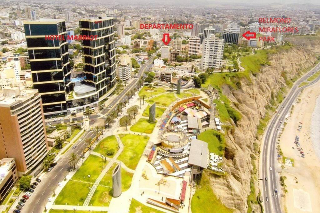 Estarás en la zona mas turística y privilegiada de Miraflores. A pasos de los mejores hoteles  5 estrellas de la ciudad.