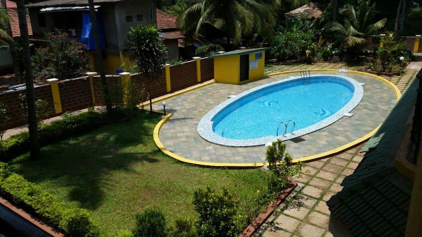 Pool View Apartment at Arpora, Near Baga Beach - Arpora - Appartement