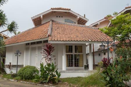 2BR Villa Putih - Anyer