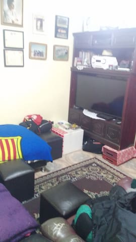 Casa,buen alojamiento familiar