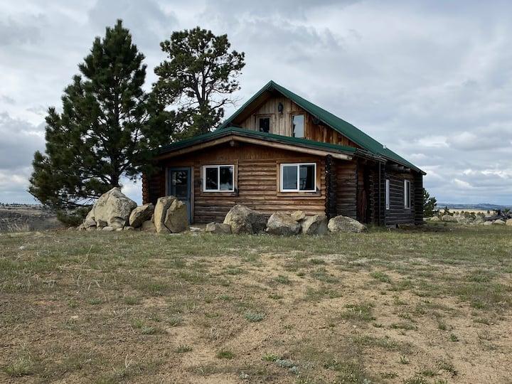 Calamity Jane Horse Cache Cabin-Splendid Isolation