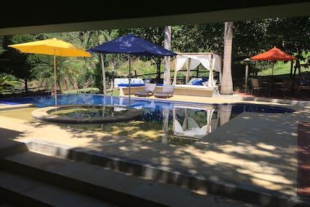 Paradisiaca Casa en Mariquita, Tolima