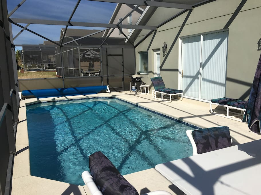 Great pool area (heating additional charge)