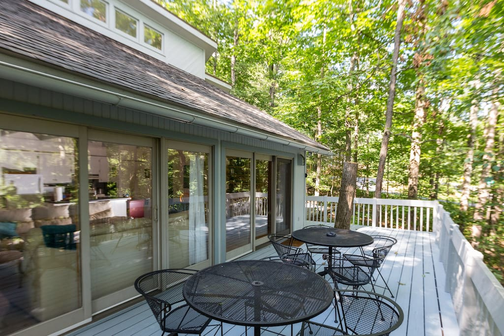 Deck to enjoy morning coffee and evening meals