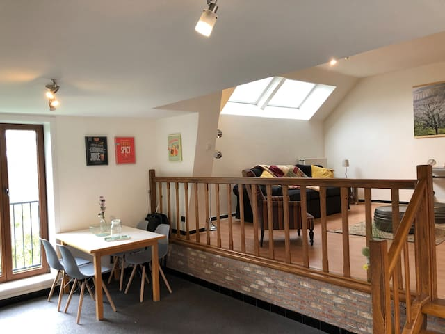 Charmant appartement + tuintje, landelijk gelegen