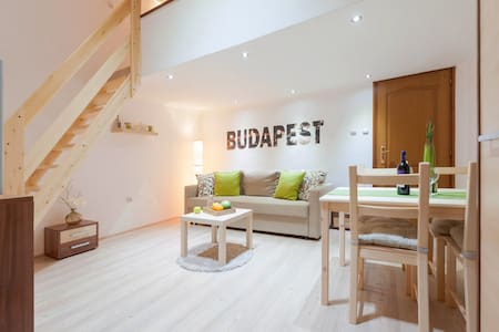 Kiraly Loft Studio -  middle of the city center - Budapest