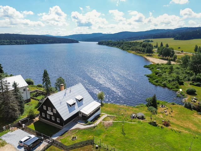 Marvelous church view apartment 2 - Jezerka Lipno