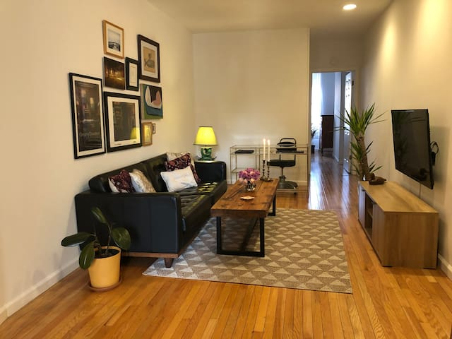 Light Soaked Apartment Near Central Park