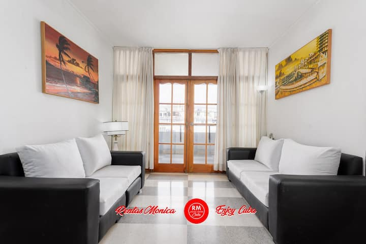 Entire flat Vedado Uli 5 min walking from F.A.C.