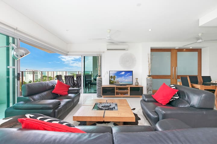 Sands Luxury Condo Stunning Views - Darwin - Huoneisto