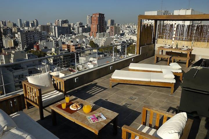 Impressive 3 Bedroom Penthouse with Amazing Views
