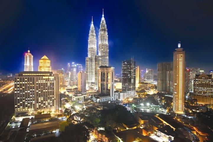 Kuala Lumpur, 1min to LRT, near IKEA/ KLCC/HUKM