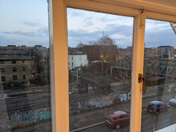 Beautiful apartment in central Primrose Hill