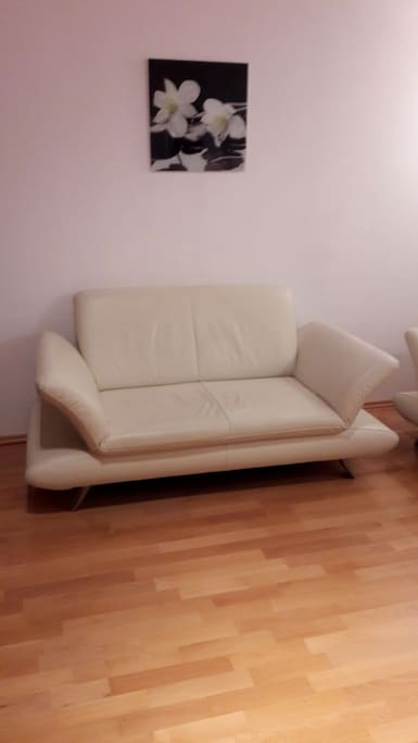 Lounge/Sofa/3.Schlafplatz