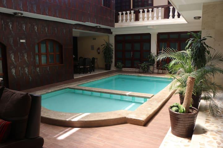 Hotel quetzal doble matrimonial