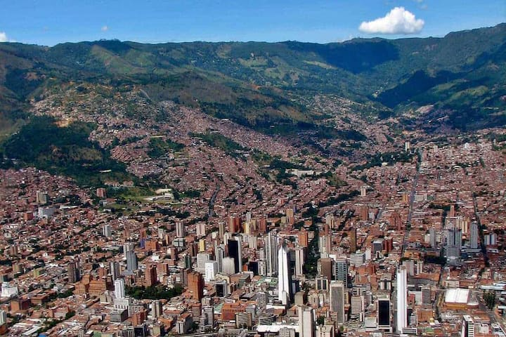 Guidebook for Medellín