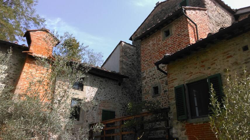 Figline Valdarno, Church of St Bartholomew