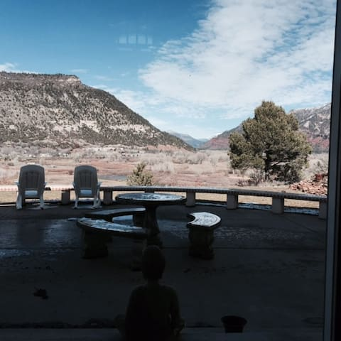Private Room w/ use of home. Fantastic views! - Durango - Hus